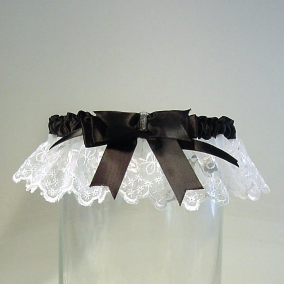 Mariage - FRENCH MAID wedding garter a PETERENE original.Embroidered Lace