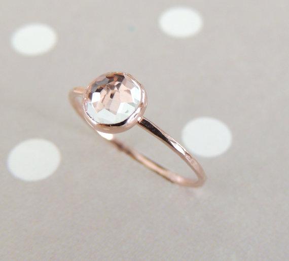 Mariage - White Topaz Rose Gold Ring, Engagement Ring, Rose Cut Gemstone Ring, Topaz Stacking Ring, Skinny Gemstone Ring, Stack Ring