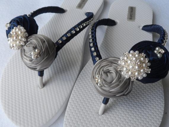 Wedding - Dark Blue & Gray Bridal Flip Flops / Bridal Color Flip flops / Bridal Rolled Flowers Sandals / Beach Flip Flops / Bridesmaids Shoes .