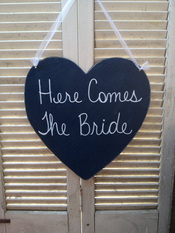 Hochzeit - Here Comes The Bride Heart Wedding Sign, Wooden Navy Blue Wedding Decor, Ring Bearer and Flower Girl Sign
