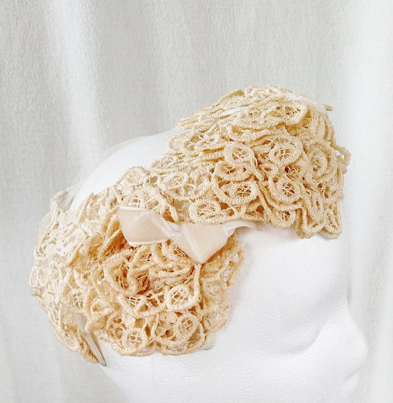 Mariage - Vintage 40s Ivory Bridal Veil Crochet Wedding Fascinator Hat