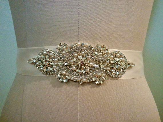 Hochzeit - SALE - Wedding Sash Belt, Bridal Sash Belt - Crystal Pearl Sash Belt