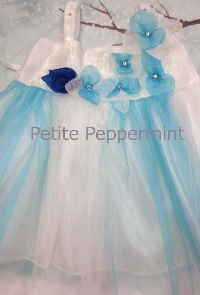 Mariage - Newborn dress,baby girl dress,baby lace dress,newborn photo prop,white and turquoise baby dress,flower girl dress,baby tulle dress