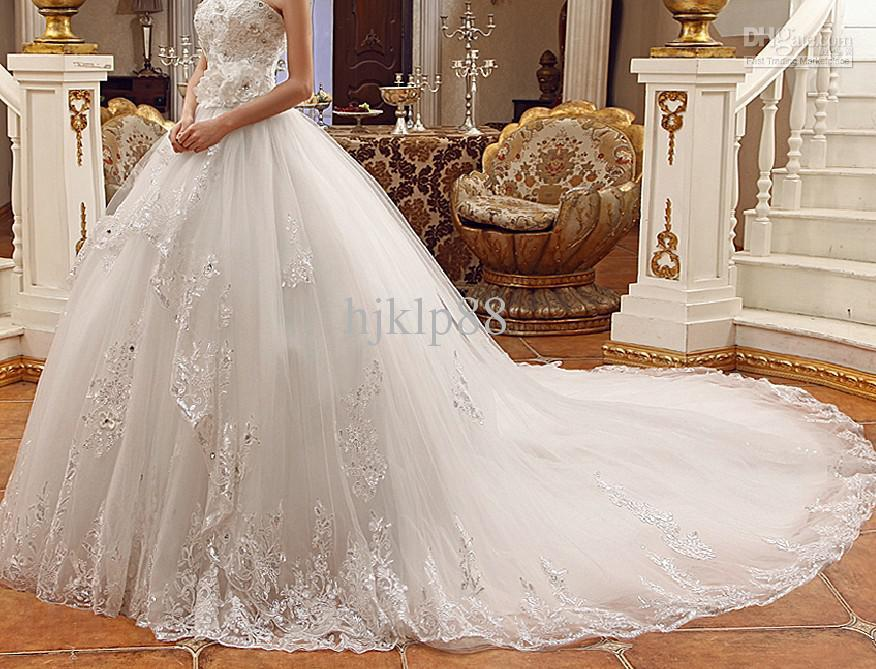 Mariage - 2014 Newest Luxury Bride Dress Sweetheart Swarovski Crystals Applique Bead Cathedral Cheap Sheer Vintage Wedding Dresses Online with $121.64/Piece on Hjklp88's Store
