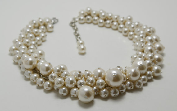 Düğün - Ivory Pearl Cluster Necklace, Pearl Bridal Jewelry, Cream Chunky Necklace, Ivory Wedding Necklace, Bridesmaids Gift, Beaded Pearl Jewelry,
