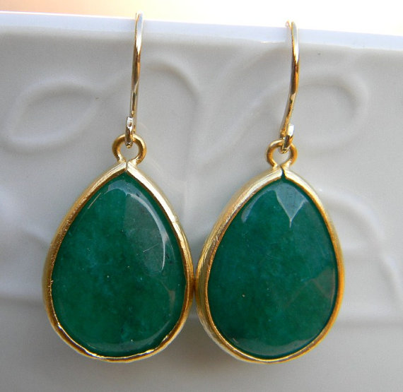 Emerald Green Earrings Trimmed In Gold Dangle Jewel Drop Bridal Wedding Jewelry Accessory Women