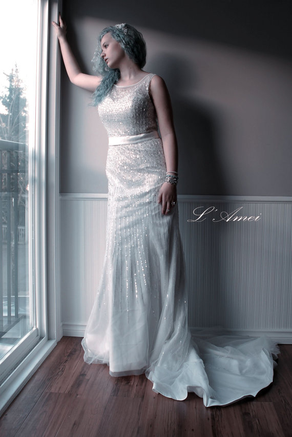 Mariage - Simple Design Jewel Cocktail style Wedding Bridal Dress with Gorgeous Handmade Beading