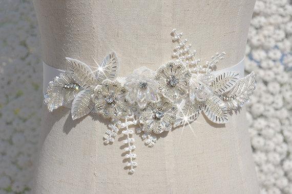 Mariage - beaded sash, bridal sash, rhinestone sash, bridal belt, wedding belt, retro beading sash