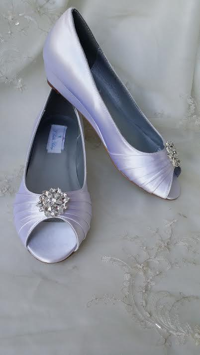 Hochzeit - Wedding Shoes Wedge Shoes Bridal Wedges with Crystal Brooch Dyeable Shoes Pick Your color