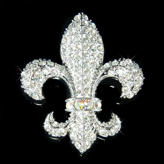Swarovski Crystal French Fleur De Lys lis Flower Floral France Paris Pin  Brooch Bridal Wedding Mother of Bride Jewelry Christmas Gift New 4821c43c6a67