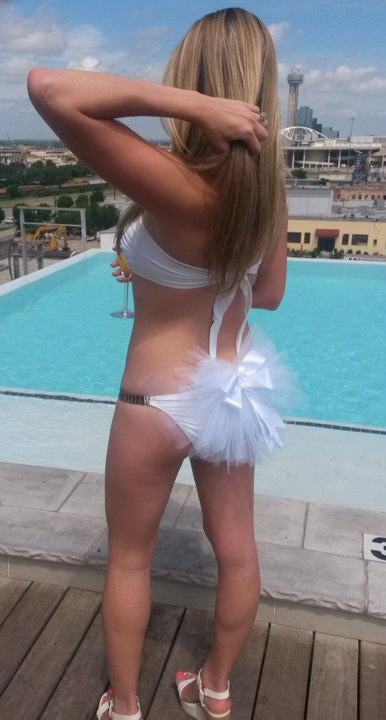 Свадьба - Bachelorette Party or Bridal Booty Veil - Add a little Pow to your Bikini or Skirt