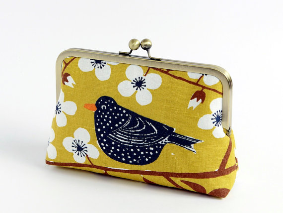 Mariage - Bird and floral clutch, BagNoir, Wedding clutch,Chartreuse, Bridesmaid gift idea, Evening purse, Bridesmaid clutch