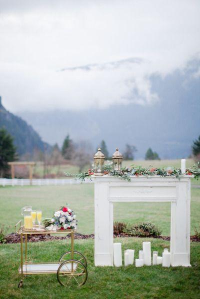 Mariage - Winter's Dawn Wedding Inspiration Shoot