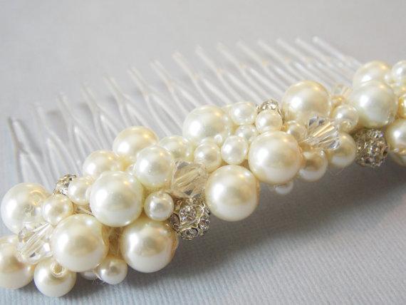 Mariage - Chunky Pearl Haircomb Rhinestone Crystal Haircomb  Elegant Bridal Hair Accessory Large Pearl Haircomb Gatsby Style Hair Comb Wedding Hair