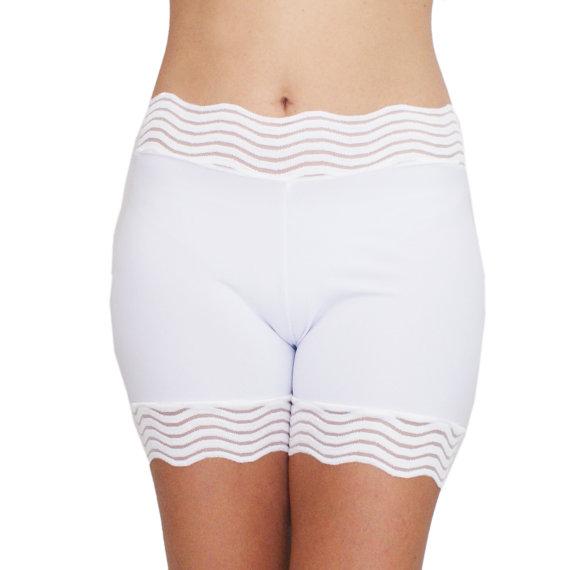 Mariage - White Lace Biker Shorts