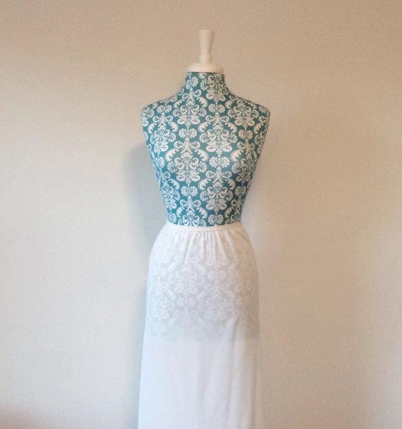 Mariage - vintage maxi slip //  wide lace hem // white 1970s long half slip lingerie