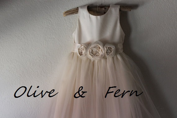Wedding - Ivory Flower girl dress ...... Organic sateen Cotton size 2T-5