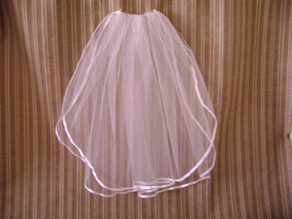 Mariage - Ribbon Trimmed Two Tier Ivory Bridal Veil/24x26x54-Ready to ship