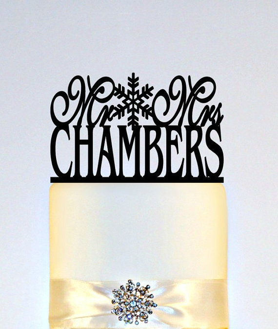 """Свадьба - Snowflake Winter Wedding Cake Topper Or Sign Monogram personalized with """"Mr & Mrs"""" and YOUR Last Name"""