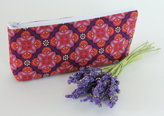 Hochzeit - Zipper Clutch, Small Wedding Clutch, Bridesmaid Bag, Personalized Gift Idea, Cosmetic Case, Make-up Bag, Pink and Purple Medallions