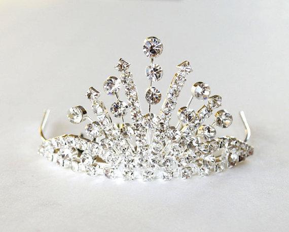 Mariage - Petite Head Comb Tiara with Rhinestones, Bachelorette Tiara, Party Tiara, Birthday Party, Bridal Tiara