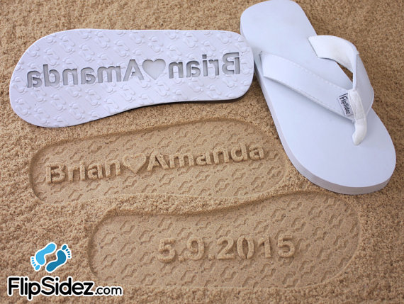 Mariage - Custom Wedding Sandals for Beach Weddings -- Personalize Own Sand Design *Check size chart before ordering*