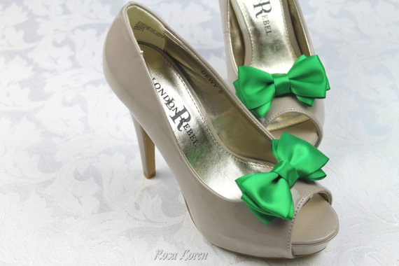 Mariage - Emerald Green Shoe Clips, St Patrick's Day Green Satin Bow Shoe Clip, Green Wedding Accessories Shoes Clip