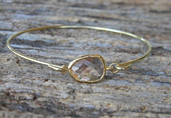 Свадьба - Gold Bangle Bracelet / Peach Champagne Bracelet / Bridesmaid Gift / Bridesmaid Jewelry / Bridesmaid Bracelet / Gift  For Her