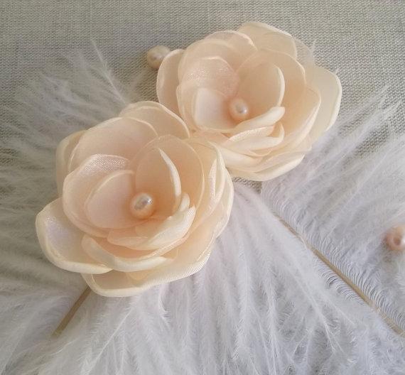 Mariage - Beige nude pale peach fabric flowers in handmade Bridal Bridesmaids Flower girls Gift hair shoe dress clip pin Ornament Weddings Set of 2