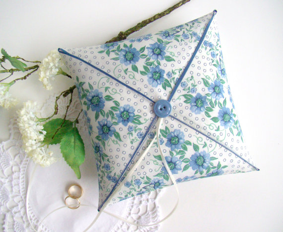 Hochzeit - Ring Bearer Cushion, Blue Floral, Vintage Styled, Wedding Ring Pillow, Ring Bearer, Vintage handkerchief Pillow, Barn Wedding, One of a Kind