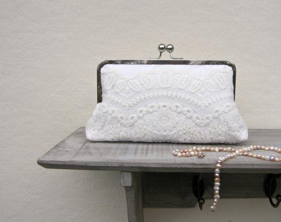 Wedding - Lace bridal clutch bag, ivory wedding clutch, scalloped ivory vintage lace clutch, bridesmaids clutch, clutch purse, custom clutch, uk selle