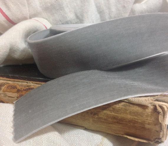 Hochzeit - silver grey velvet ribbon