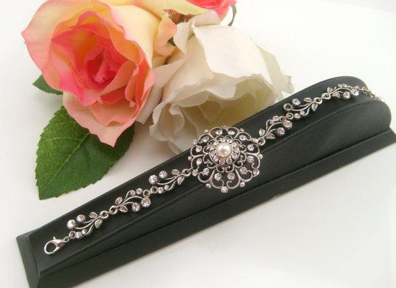 Wedding - Vintage inspired antique silver art deco Swarovski crystal rhinestone bridal bracelet -Wedding jewerly - Antique silver bracelet