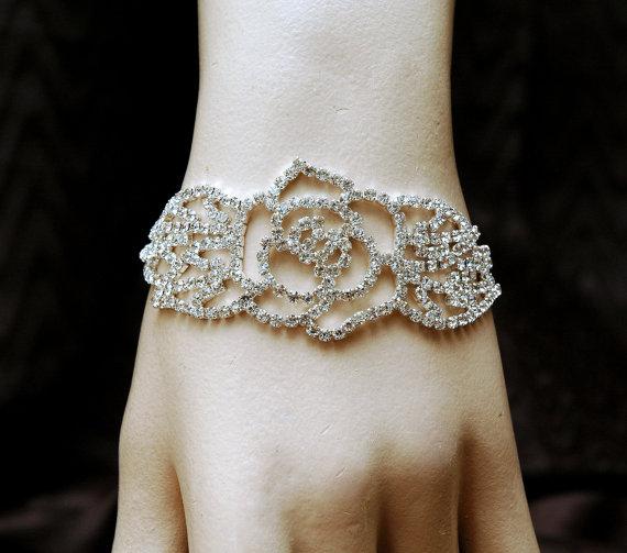 Mariage - Silver Rhinestone Bracelet, Flower Bridal Bracelet, Wedding Crystal Bracelet, Wedding Jewelry