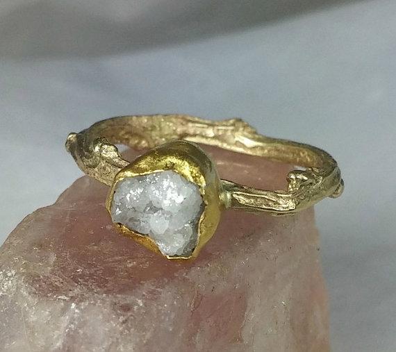 Hochzeit - Raw diamond ring,  diamond  solid gold twig  ring,  engagement ring,  yellow gold  and raw diamond gemstone  ring , size 6