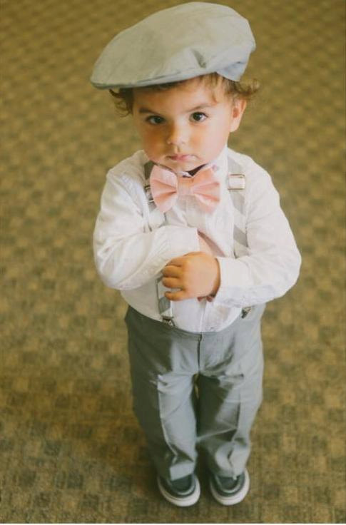 Mariage - Cotton Ring Bearer Outfit; 4 Piece Set, Ring Bearer Bow Tie, Ring Bearer Suspenders, Newsboy Hat and Pants. Wedding Outfit for Ringbearer