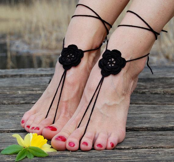 Свадьба - Crochet Beach Wedding Shoes, Crochet Barefoot Sandals, Anklet, Wedding Accessories, Nude Shoes, Yoga socks, Foot Jewelry