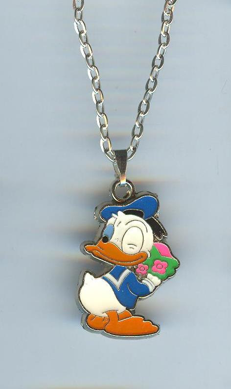 Свадьба - Cute! DONALD DUCK Character Holding a Bouquet of Flowers Charm Pendantwith Necklace - N335
