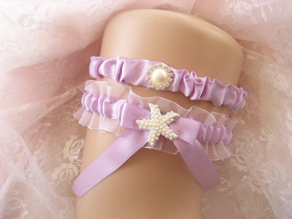 Свадьба - Beach Wedding Garter Set Starfish Garter Lavender Garter Toss Garter / Garter Belt / Garder