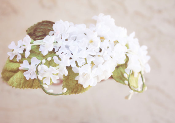 Hochzeit - white bridal flower crown, wedding hair accessories, wedding flower wreath silk flower headband