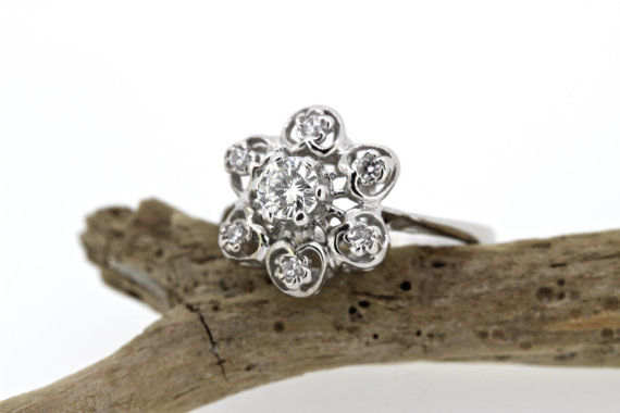 Hochzeit - Vintage Engagement Ring Snowflake Cluster Ring