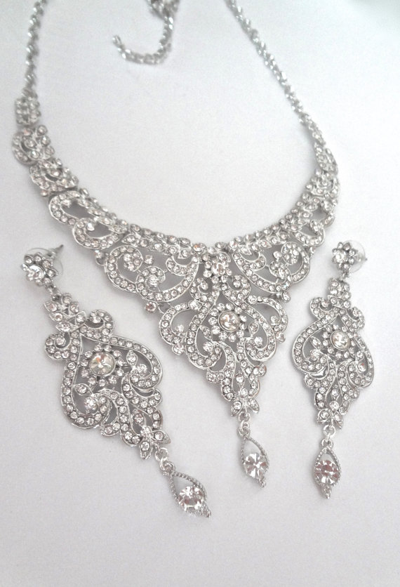 Mariage - Brides jewelry set ~ Crystal bib necklace and earrings set ~ Statement jewelry set ~ Bib necklace ~ Pageant ~ Bridal Jewelry ~ MARIA
