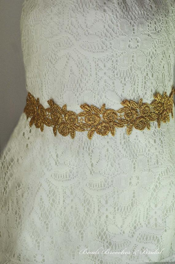 Mariage - Metalllic Gold Flower Rose Lace Wedding Sash, Bridal Lace Sash, Gold Satin Sash, Black Sash, Prom Sash