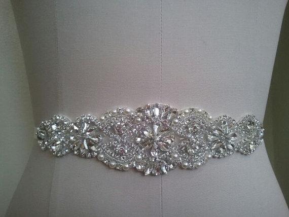Mariage - SAMPLE SALE - Wedding Belt, Bridal Belt, Sash Belt, Crystal Rhinestone & Off White Pearls  - Style B200099L