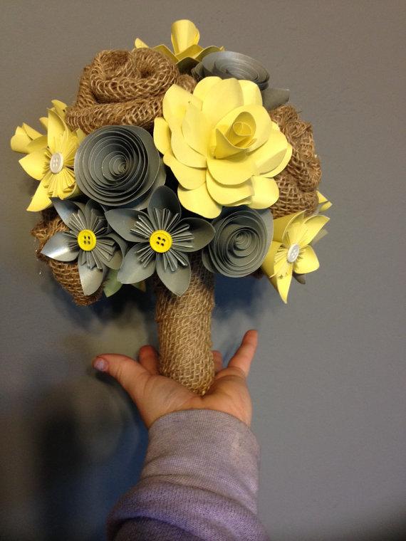 Mariage - Paper and burlap flower bouquet
