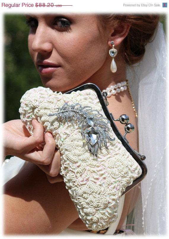 Свадьба - Bridal clutch, Unique pearl clutch, bridesmaid  Victorian evening bag, bridal bag, Champagne clutch, wedding clutch, formal bag