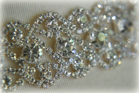 Свадьба - Authentic Crystal Rhinestone Trim, Rhinestone Applique, Bridal Applique, Wedding Applique, Sash Applique, Bouquet Wrap, DIY Wedding CR-048