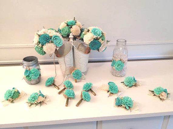 زفاف - Small Wedding Bouquet made with sola flowers - choose your colors - natural bouquet - balsa wood - Alternative bouquet - bridesmaids bouquet