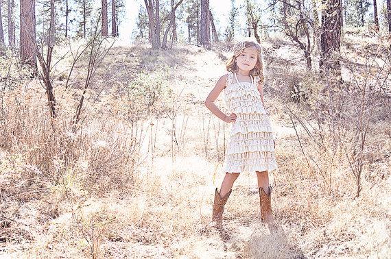 Mariage - Rustic Flower Girl Dress -Lace Pettidress/Rustic Flower Girl/Country Flower Girl Dress Cream/Wheat Cream/Country Wedding-Vintage Weddin
