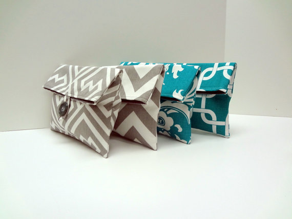Hochzeit - READY TO SHIP Custom Bridesmaid Clutches in Turquoise and Gray  -  Turquoise Wedding  Set of 4